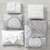 Medallion Florette Deluxe Comforter Set with Comforter, Sheet Set, Pillowcase, Mattress Pad, Pillow Inserts + Blanket