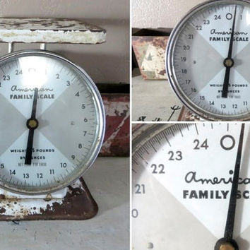 Vintage Kitchen Scale Shabby Decor American Family Scale Farmhouse Decor Gray and White Rustic Kitchen Rustic Home Shabby Chic