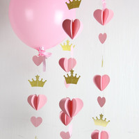 Heart Crown Garland // Princess Party // Decor // Balloon Tail // Baby Shower