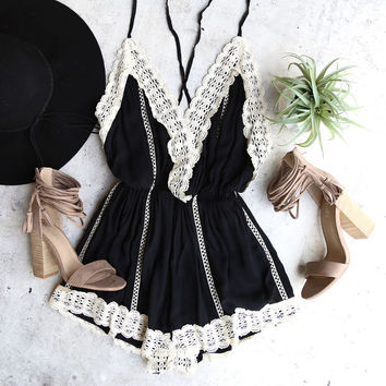 gypsy lace romper | black