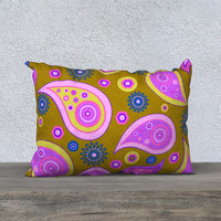 "PLEASING PAISLEY 20"" x 14"" Pillow Case"
