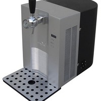 Vinotemp VT-BEER 5-Liter CO2-Powered Tabletop Beer Dispenser, Silver and Black