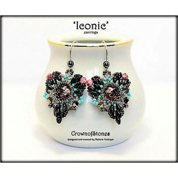 "Bead Pattern ""Iconic"" Heart Earrings with Swarovski and Superduo Tutorial"