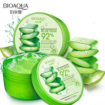 Natural Aloe Vera Smooth Acne Treatment Gel