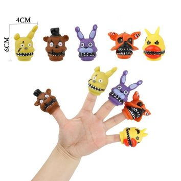 Hot 5PCS/Set 4*6cm  At  Finger Hand Toys Action Figure  Chica Bonnie Foxy Freddy Anime Figures