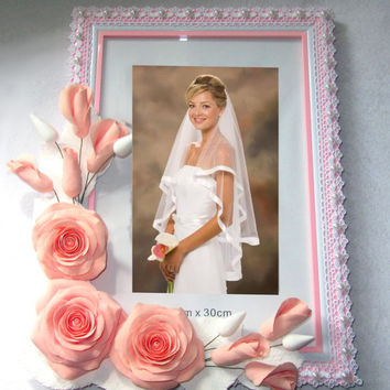 Wedding photo frame. Shabby Chic. Home Decor. Gift to the bride. For Girl.