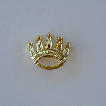 Gold Tone CROWN Brooch Pin Lapel
