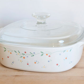 Vintage 2 Liter Corning Ware English Meadow Casserole, Corningware Little Flowers Baking Dish, Corelle Coordinates, A-2-B