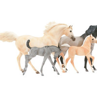 Cloud's Legacy | 4 Horse Gift Set of Mustangs Cloud and Sitka with Foals Bolder and Flint from Breyer