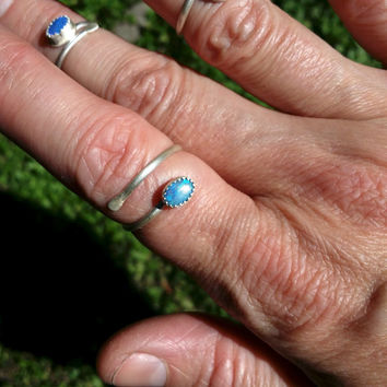 freeship Trending Midi or Middy ring sterling silver opal and adjustable size 7 up to 11