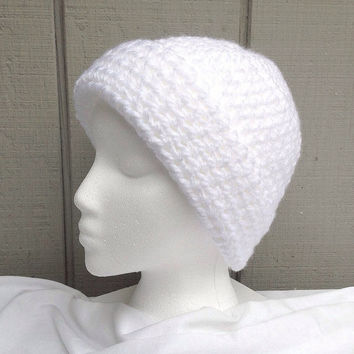 Crocheted cloche - White cloche - Bulky crochet hat - Womens hat - Crochet white hat - Teens accessories