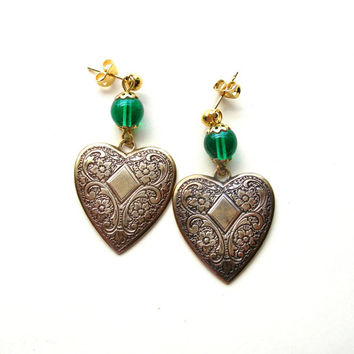 Victorian Style Heart Earrings - Brass Heart Earrings - Gold Tone - Post Earrings
