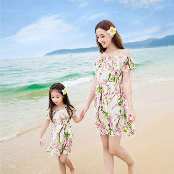 2016 summer matching mother daughter clothes seaside beach holiday princess dresses family look girl and mother dress
