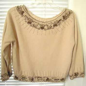 Rare gorgeous vintage detailed beaded boatneck cream color sweater, Size small-medium, golden beads sweater,wedding attire,vintage top.