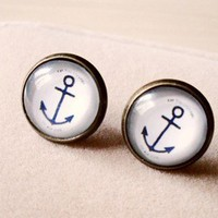 Vintage anchor earring