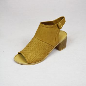 simple girl weave booties - camel