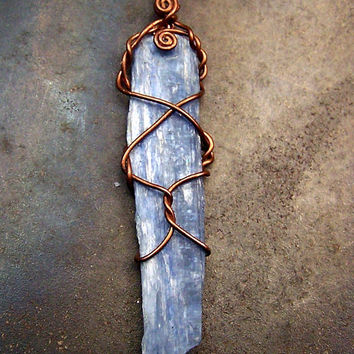 Kyanite Wire wrap necklace Pendant - Copper wire wrap - Kyanite Crystal blade - pendant - necklace - Kyanite - blue - black leather