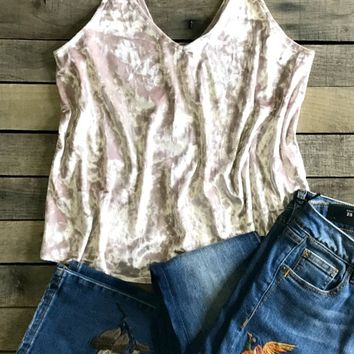 Our ''Jealousy And Lies'' Tanks are TOO sassy! The velvet vibes and pastel colors are giving us the F E E L S! Style this tank with chunky cardigans or kimonos!​True to size.