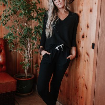 Cozy Up With Me Pullover and Pant OOTW - Black