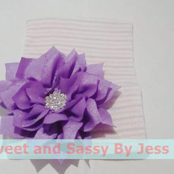 Newborn size knit beanie with Purple Flower and bling. Babies first beanie, Baby Arrival beanie, Baby's first hat, Newborn photo prop beanie