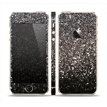 The Black Unfocused Sparkle Skin Set for the Apple iPhone 5s