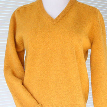 1970s V-Neck Pullover Sweater Vintage Lambs Wool Sweater Mustard Yellow