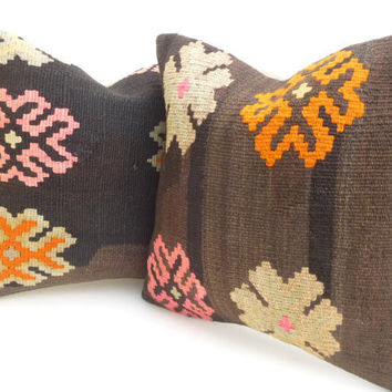 Brown Floral Kilim Pillow set