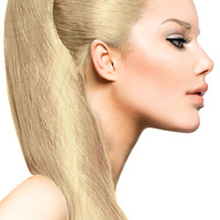 """18"""" Clip In Hair Extensions: No 613 Monroe Blonde"""