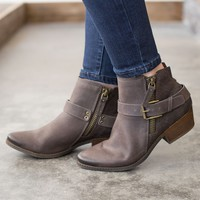Not Rated Tessa Bootie - Taupe