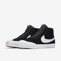 The Nike SB Blazer Mid XT Men's Skateboarding Shoe.