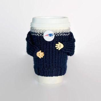 VLX9RV New England Patriots coffee cozy. NFL Patriots jersey. Blue grat. Mug sweater. Travel