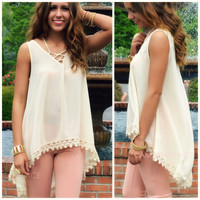 SZ MEDIUM Prairieville Cream Crochet Tank