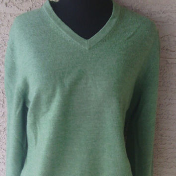 Sweater Vneck merino wool Brooks Brothers - for men or women - size large - deep green - stretchy with spandex - slouchy boyfriend boho