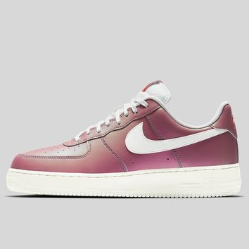 AUGUAU Nike Air Force 1 07 LV8 Track Red