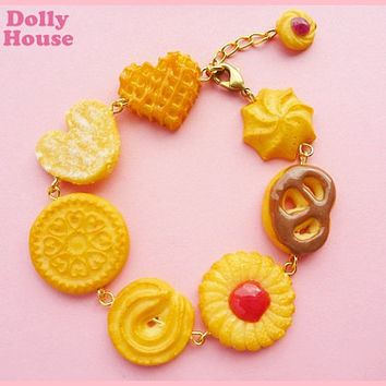 Cute Bracelet - Butter Cookies- by Dolly House