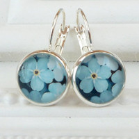 Summer earrings in silver blue with small flowers, flower earrings, simple earrings, cabochon earrings, glass earrings, gift idea