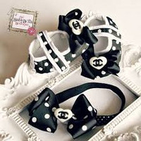 Polka dots black bow heart baby girl crib shoes and headband set,Ready to ship.