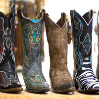 Authentic Cowboy Boots | Latest in Fashion Cowgirl Boots | Baskins