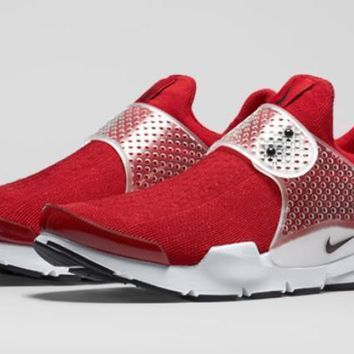 Nike Sock Dart Daring Red