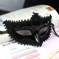 10pcs/lot Women Halloween Party Mask Crown Queen Half Face Masquerade Girls Masks White Black For Female Dancing Cosplay
