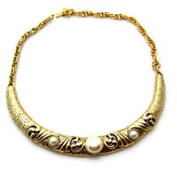 Vintage 1928 Brand Faux Pearl Gold Tone Choker Necklace