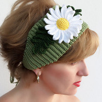 Ear warmer, Crochet Green headband, Hair accessory, crochet floral headband, unique, handmade.