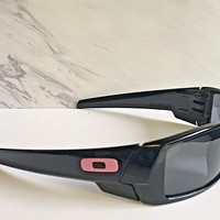 Nice Oakley Gascan Sunglasses Authentic Polished Black Frames / Grey / Pink O