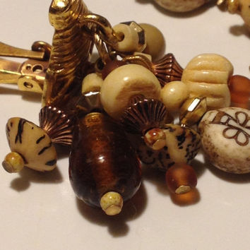 Robert Rose Chunky Earrings Clip Tiered Textured Carved Stones Rootbeer Art Glass, Gold Tone Vintage signed