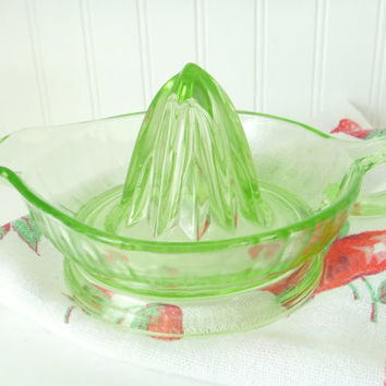 Green Depression Glass Juicer Reamer Anchor Hocking Orange Footed