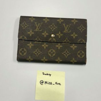 Vintage Louis Vuitton Monogrammed Pochette Passport Clutch / Wallet