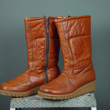 Caramel Orange Quilted Leather Snow Boots Mukluks Shearling Sheepskin Lined Womens Ladies 6.5