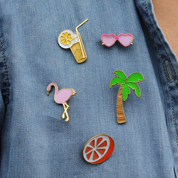 1 PCS Free Shipping Coconut Juice Button Badge Bird Animal Brooches Metal Decoration Badges Pins