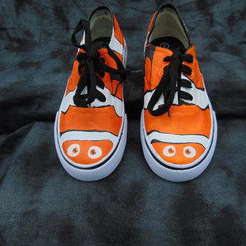 Lucky Fin Nemo Hand Painted Canvas Lace Up Shoes