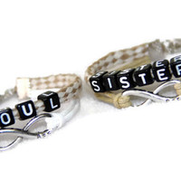 set of 2 personalized couple bracelet, his/hers and hers/his, SOUL SISTERS Bracelets, BFF infinity bracelet, best gift for couple/friends